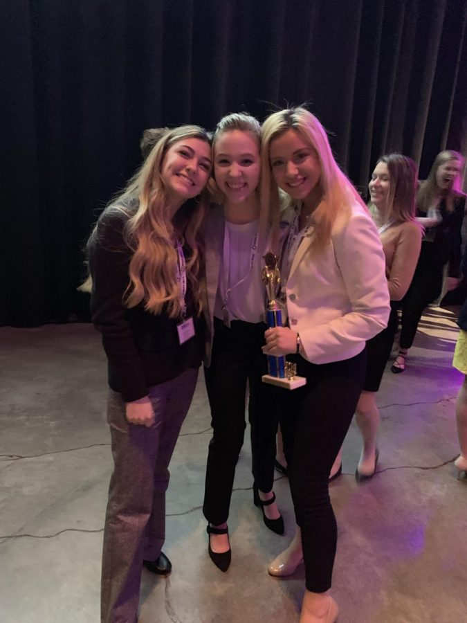 Ava Halstead ('18), Sarah Traverse ('18) and Klaudia Rush ('18)