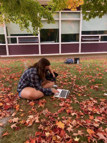 classes outside during the corona virus